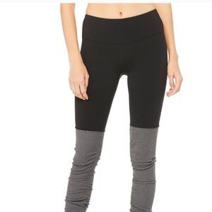 Alo Goddess Legging Black and Gray
